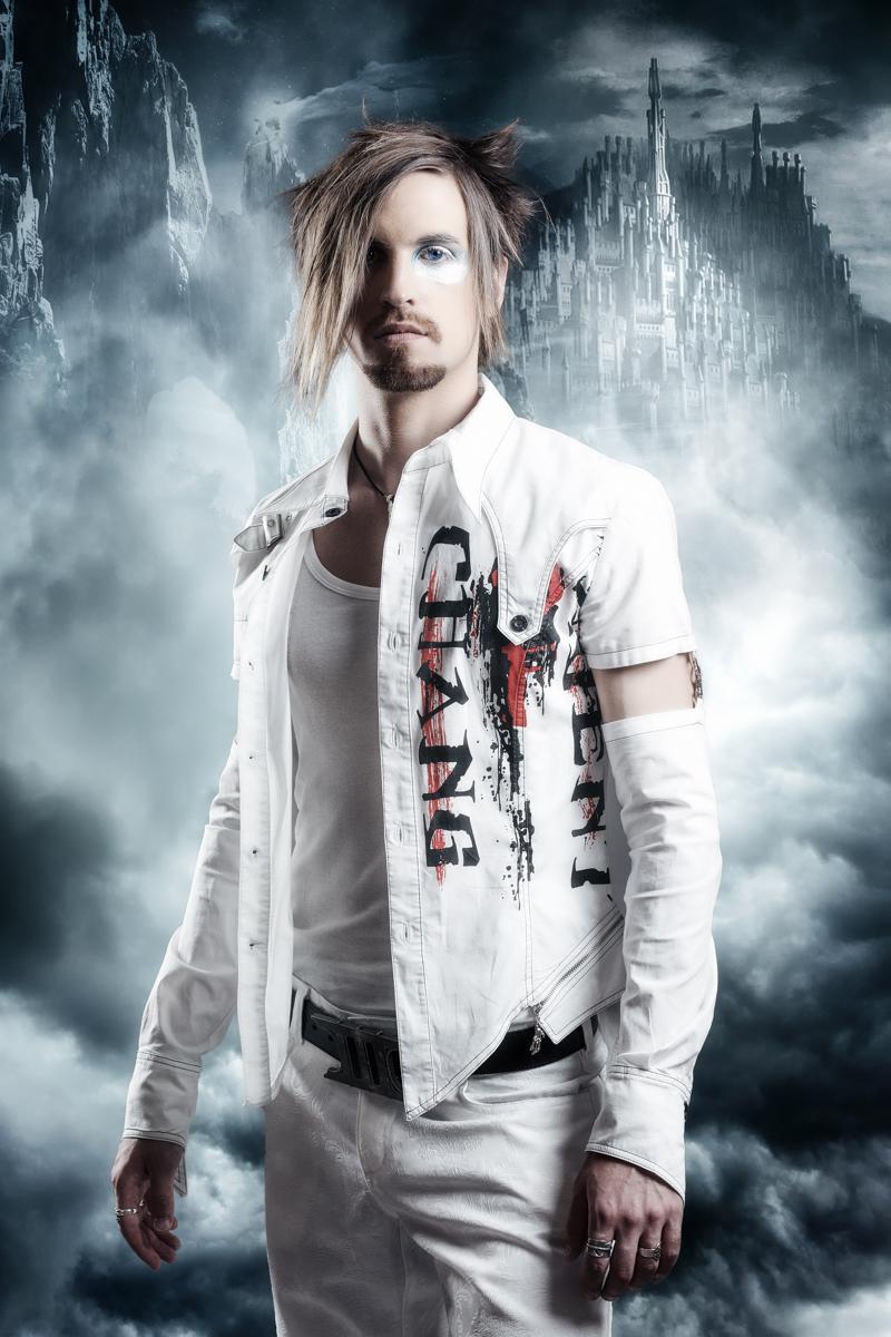 Lukas Knoebl -Guitars